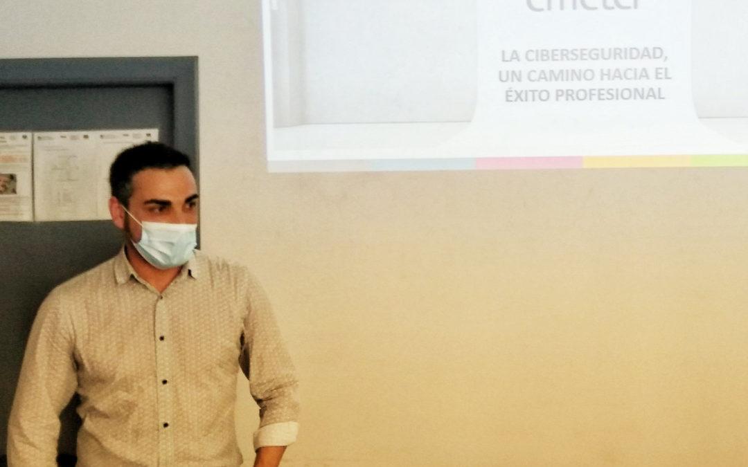 Charla de Fernando Segura no curso de especialización en ciberseguridade